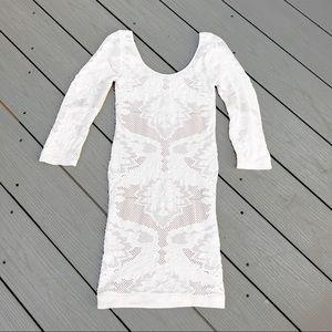 Bebe white lace knit dress. 3/4 sleeves Size:xs
